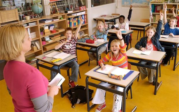 roma was a school teacher